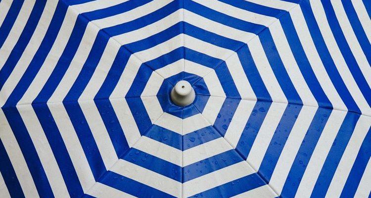 Pied parasol, comment bien choisir le poids ?